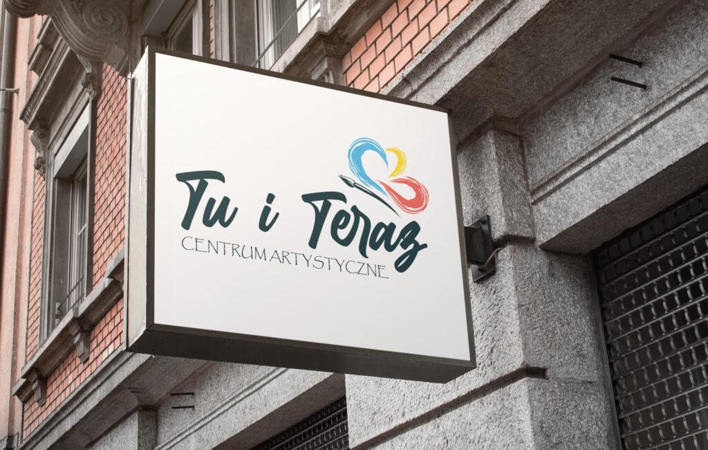 """Logotyp Centrum Artystycznego """"Tu i Teraz"""""""